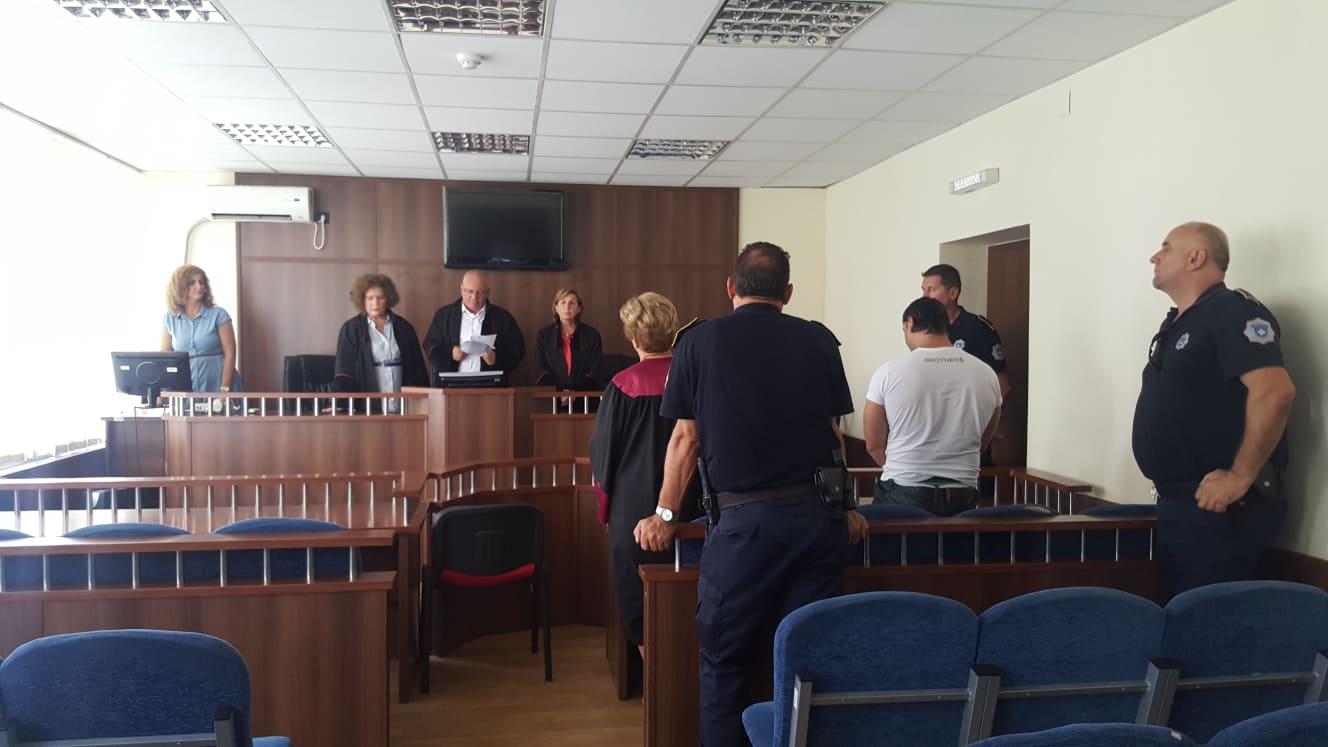 Aktgjykim dënues ndaj të akuzuarit V. Gj. për tri vepra penale